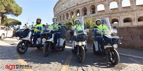 poste italiane la mobilit 224 232 sempre pi 249 sostenibile da