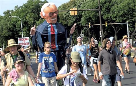 vt woman commissions artist to paint giant bernie sanders face on barn jill over hill stein makes a play for bernie or bust