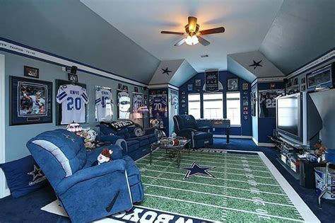 Dallas Cowboys Room Decor A Shopping List For The Ultimate Dallas Cowboys Fan Cave