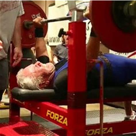old man bench press 91 year old man sets world bench press record lee