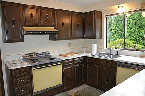 renovate old kitchen cabinets renovate old kitchen cabinets old kitchen remodel