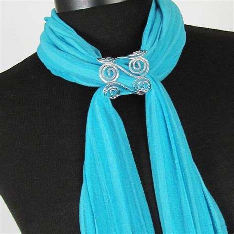 best 25 scarf jewelry ideas on fulares con