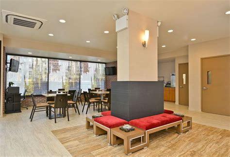 comfort inn nyc midtown west hotel comfort inn midtown west in new york starting at 163
