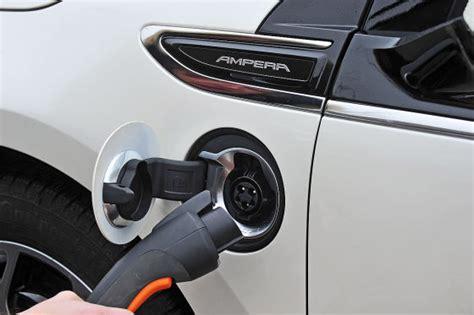 Ziele Connected Car Neue Ziele Der Bundesregierung Bei Elektromobilit 228 T