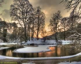 Download snowy river wallpaper