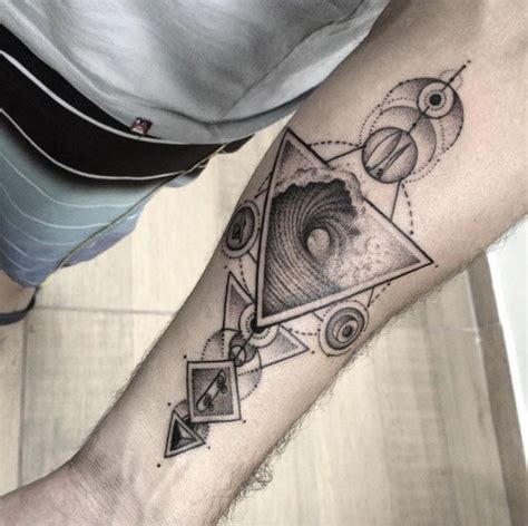 40 geometric tattoo designs for men and women tattoo