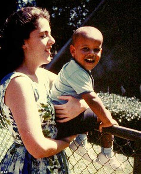 born barack obama barack obama was still kenyan born in 2007 according to