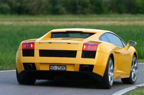 Was Kostet Ein Lamborghini Gallardo by Lamborghini Gallardo Coupe Review 2003 2013 Parkers