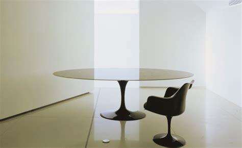 Saarinen Dining Table Calacatta Marble   hivemodern.com