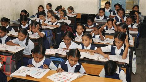 Bhc Highclass 2 could be compulsory till class 10 in all cbse schools education high school hindustan