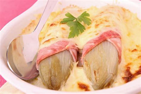 cucinare l indivia belga indivia e prosciutto al forno la ricetta secondo