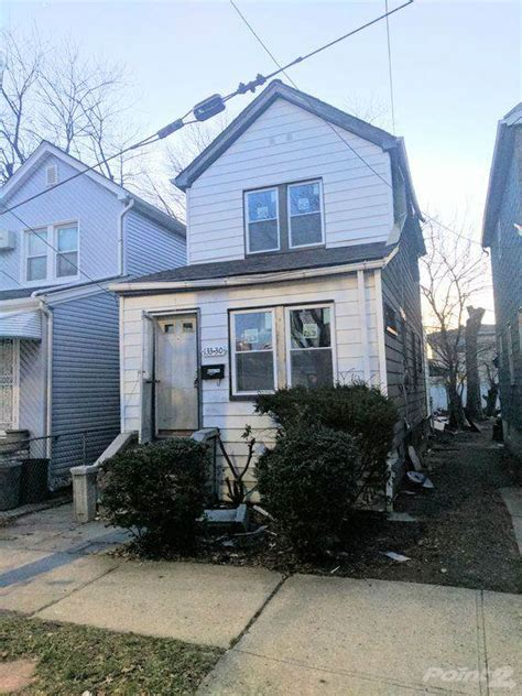 house for sale in queens ny queens homes for sale homes for sale in queens ny homegain