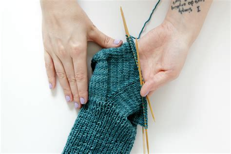 knitting the gusset knit along day 5 the toe