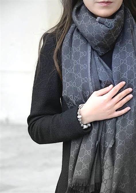 Handbag Givency 2tone gucci scarf pandora style shawl warm and