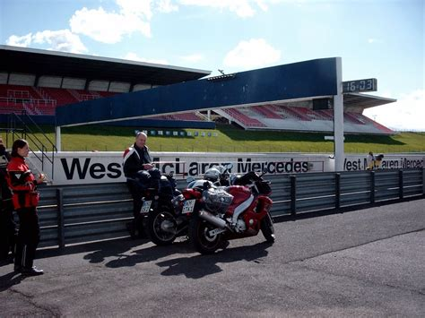 Motorrad Sicherheitstraining Dekra by Franks Amiga Yorkie Thundercat Und Witzepage