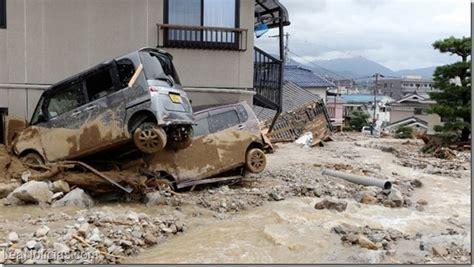 al menos 36 muertos en fuertes bombardeos en el este de al menos 36 muertos por fuertes lluvias y deslaves en