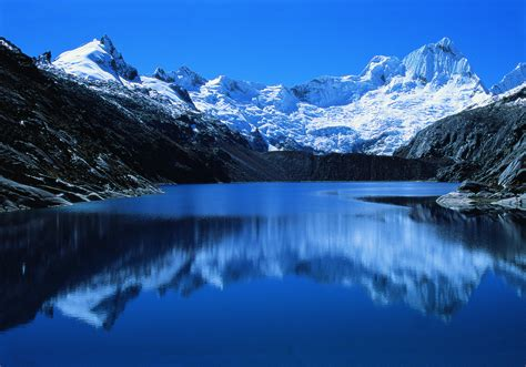 blue lake in peru wallpapers and images wallpapers