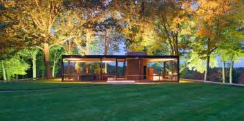 the glass house philip johnson new canaan connecticut