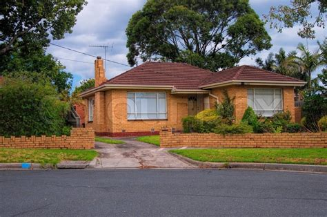 houses images typical australian house melbourne australia stock