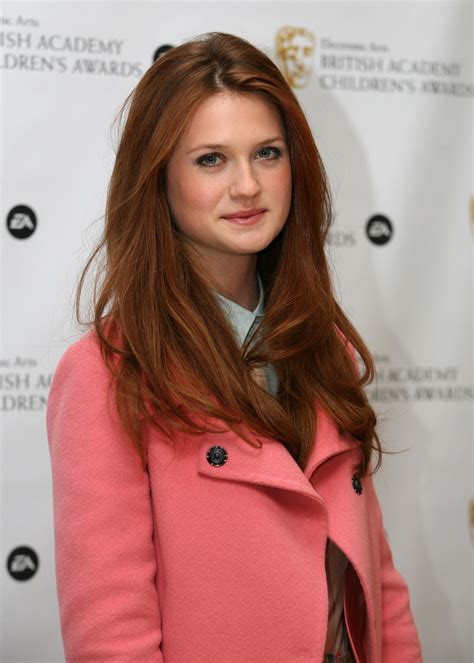 bonnie wright bonnie wright height and weight stats pk baseline how