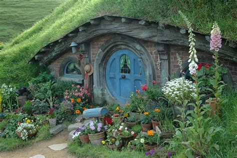 hobbit houses new zealand behind the scenes of the hobbit lonely planet