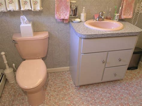 Mary elizabeth s year long little by little 1959 pink bathroom restoration retro renovation
