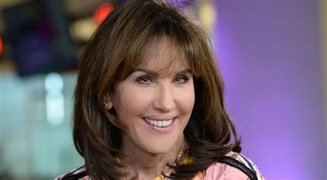 robin mcgraws hairstyle robin mcgraw hairstyle photos robin mcgraw hairstyle