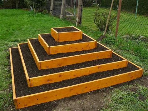 Above Ground Planter Beds by Pyramid Planter Garden Ideas Raised Garden Beds Above