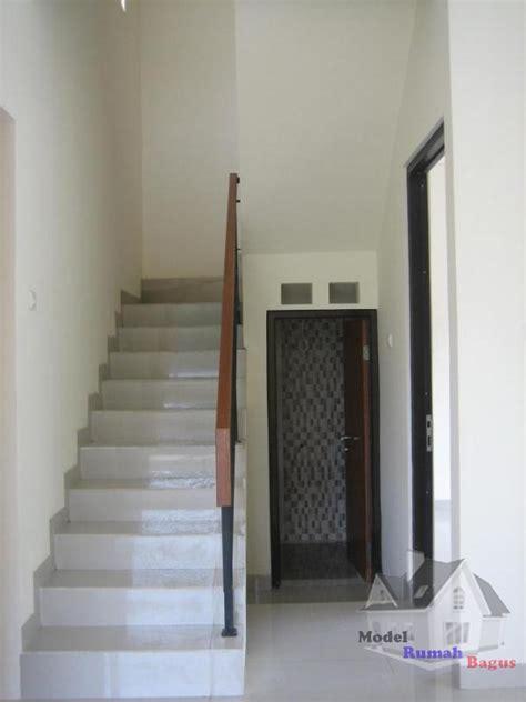 gambar desain kamar mandi dibawah tangga penataan ruang bawah tangga secara service desain rumah