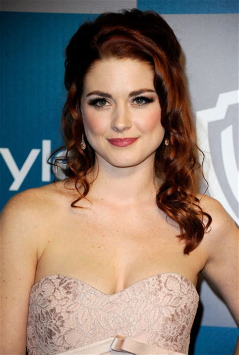 alexandra breckenridge tattoos more pics of alexandra breckenridge lettering 4 of