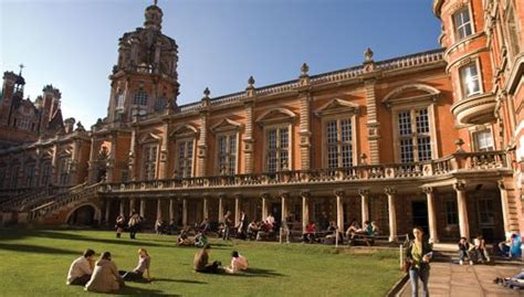 Royal Holloway Of Mba Fees by International Excellence Scholarships For Undergraduate
