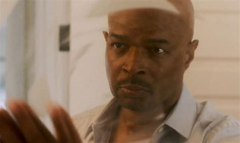 damon wayans new sitcom what time is lethal weapon on itv who s in the cast and