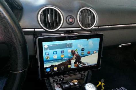 Modify Car Headrest by Come Fissare Il Tablet In Auto Settimocell
