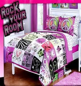betty boop 5 piece comforter set includes 1 comforter 1
