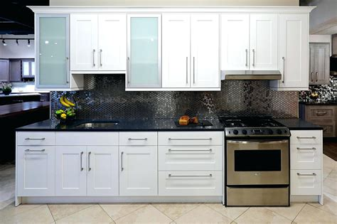White Shaker Kitchen Cabinets Lowes Cabinet Door Styles White Kitchen Cabinets Lowes