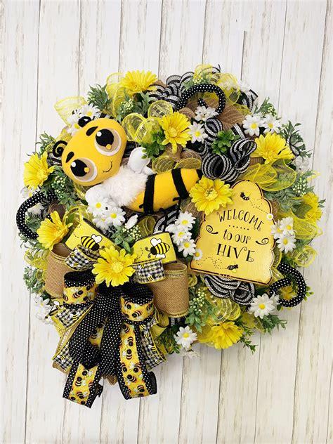 bumblebee wreath  front door bumblebee wreath summer