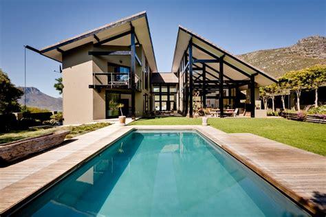 The Bungalow House hof design