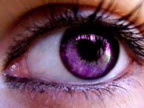 purple eye color do you know a person with a purple eye or something
