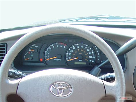 how cars run 2006 toyota avalon instrument cluster image 2006 toyota tundra doublecab v8 sr5 natl instrument cluster size 640 x 480 type gif