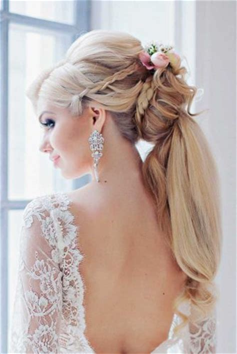 Wedding Hairstyles For Summer by 36 Stunning Summer Wedding Hairstyles Wedding Forward