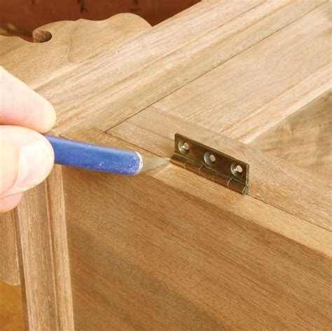 Aw Extra 7 25 13 How To Install Hinges Popular