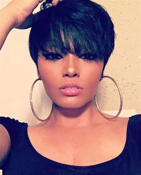 cute haircuts not to short not sure if i could pull this off but it s so cute hair