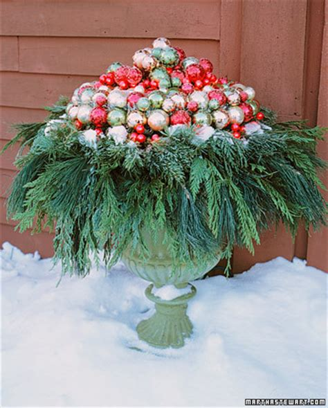 christmas decoration for urn from everyday to outdoor decor mjn and associates interiors