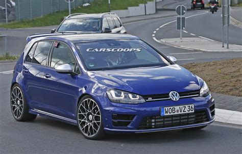vw r400 volkswagen golf r400 spied testing at the nurburgring