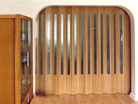 collapsible closet doors spazio folding doors folding doors folding doors