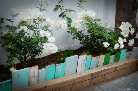 Landscape Edging Using Wood Scrap Wood Garden Edging Farmhouse38