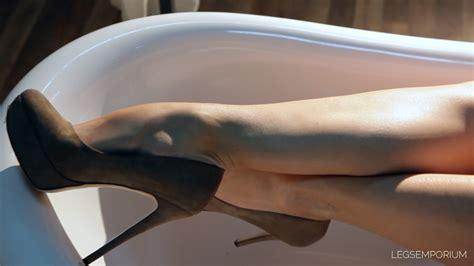 sexy legs in bathtub elena rub a dub dub sexy legs in the tub 2 legs emporium