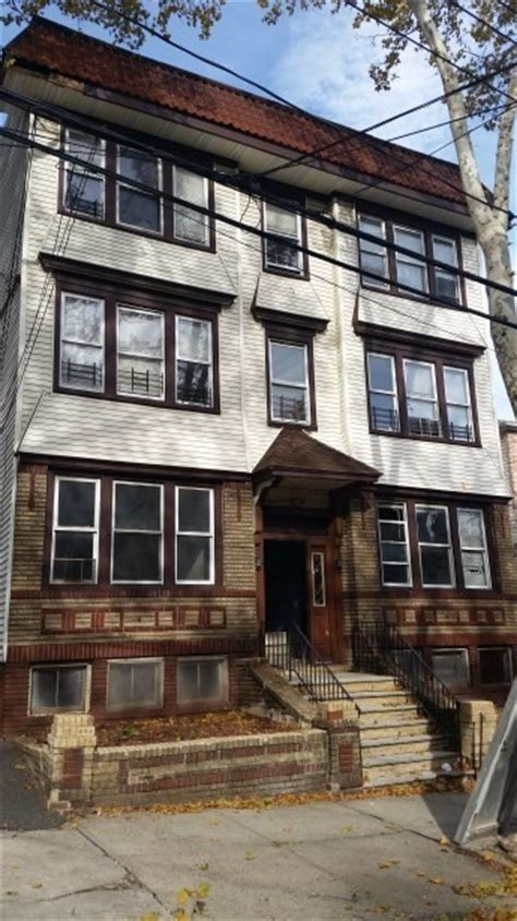 2 bedroom apartments for rent in newark nj 225 w runyon st newark nj 07108 2 bedroom apartment for