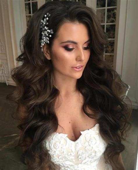 Wedding Hairstyles Wavy Hair by 40 Gorgeous Wedding Hairstyles For Hair