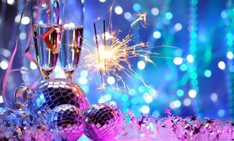 casa capodanno capodanno in casa 5 idee per festeggiare e divertirsi